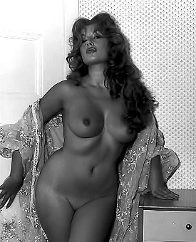 busty,retro,ebony