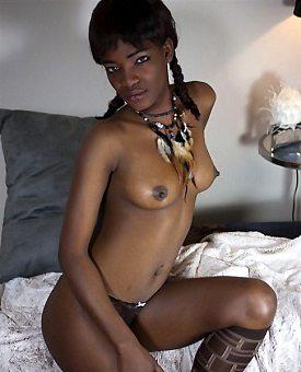 sexy,brunette