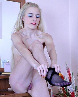 stockings,blonde