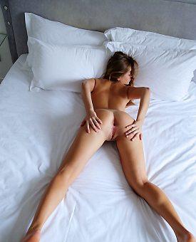 stockings,blonde,lingerie