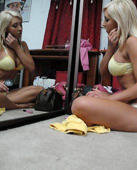 busty,blonde