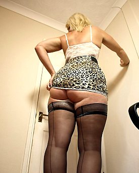 milf,stockings,ass