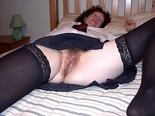 amateur,mature,housewife