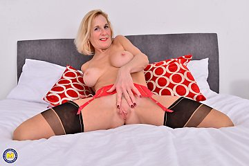 Naughty british housewife ashley playing dangerously with all her pussy