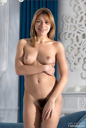 sexy,hairy,masturbation