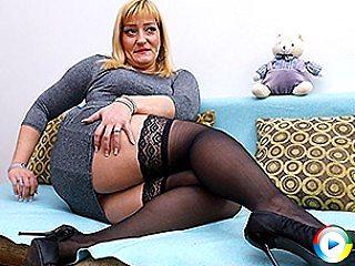 Horny chubby hairless 18yo blonde horny housewife mama loves lesbian kis