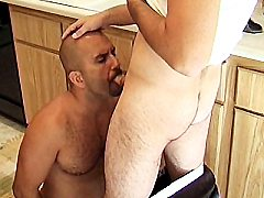 Hard muscled Randy humping on top of a gay hottie to cram his tight ass