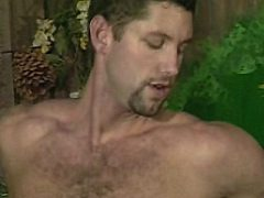 Gorgeuos big-bodied bear naked in ass drilling sex pumping play