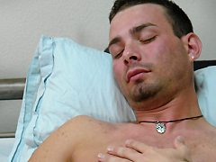 Hot stud gets machine reamed up in the ass, shoots ...