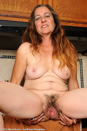 older,hairy,spreading