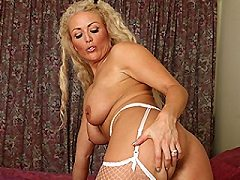 Sexy Undergarments Busty Pale Pale Hairy Chubby Mature Tanned Drunk Blon