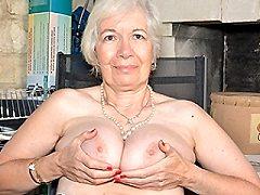 Horny Kinky mature girdle lady boss getting debara in her very own garde