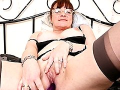 Juicy Old Melon Brunette Historic Porn Material Babe Motherinlaw Gets Tr