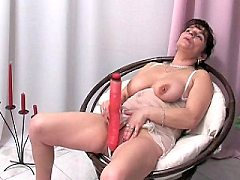 Mature cunt filling her wet eager mouth sprayed with sticky cum