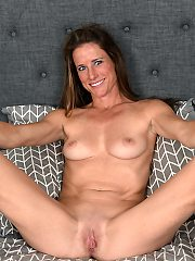 Mature milf pictures featuring 37 year old sofie marie from allover30