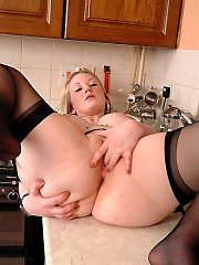 Jo Leigh in stockings secretary playing dirty wiht her tight pussy