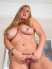 Dirty talking Jenny Badeau huge juggs play and dildo fucking