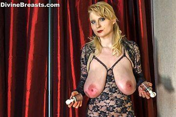 Casey Deluxe Heavy Nipple Suctions
