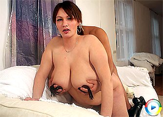 Simone juggs fucked and doggy pounded before boobs cumsplash