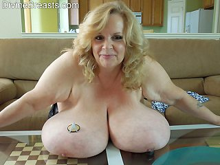 Suzie Shows Tits Out For Grabs