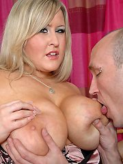 Leah Jayne gets out her fat cunt and pussy slammed smokes cock