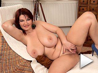 Vanessa.s Breast growth Spurt!