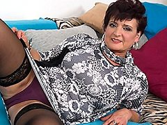 Horny brunette housewife enjoys hot fucking missionary riley slides off