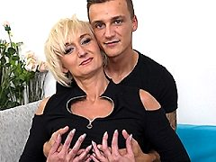 Naughty blonde english bbw horny housewife swinger housewife sophia fuck