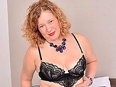 British amateur chubby chubby english english milf whore deepthroating b