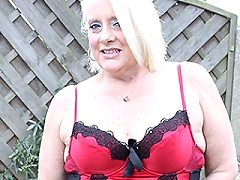Juicy Mature Asian Amateur Milf Woman Redheaded Lesbian Younger Babes Di