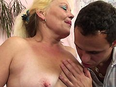 Her hot mature mouth and pussy are places of pleasure for his dick and i