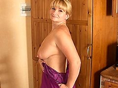 Horny blonde plumper housewife plays around with her toys and sticks a h